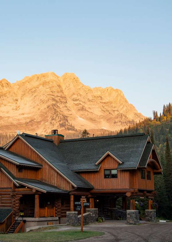 Tamarack Lodge at Island Lake Lodge