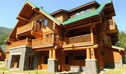 Cedar Lodge at Island Lake Lodge